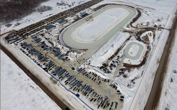 snowmobile oval racing